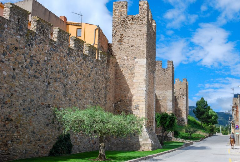 Montblanc medieval walled town