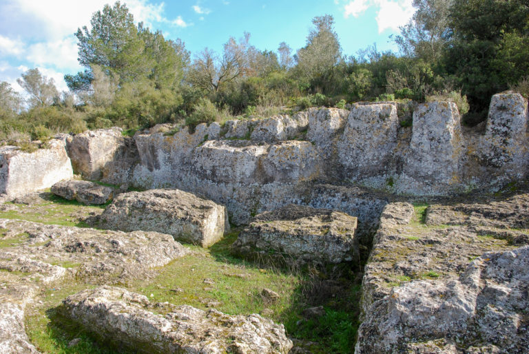 Roman and medieval quarry (2nd-1st century BC / 10th-11th century), Olèrdola monumental complex