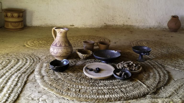 Iron Age ceramics reconstruction Catalonia