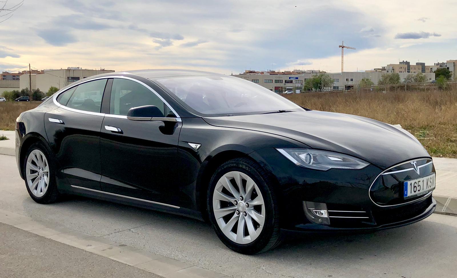 Tesla S. Image courtesy Autolux