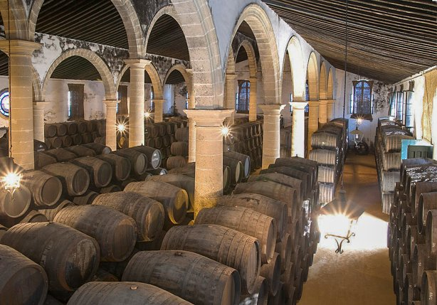 Barrels of sherry in Bodegas Lustau, Jerez de la Frontera. Image by Caballero 1830 CC BY 4.0